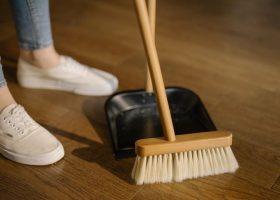"""Sửa ngay 8 thói quen dọn dẹp nhà cửa bạn vẫn làm mỗi ngày nhưng """"sai toét"""""""